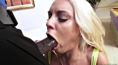 Blonde deepthroat