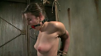 Submissive, Tie